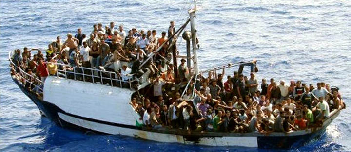 Boatloads of Muslim parasites from Turkey invade Greece on a daily basis