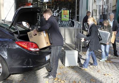 Polizei-durchsucht-Raeume-von-Pro-Koeln-wegen-Betrugsvorwuerfen