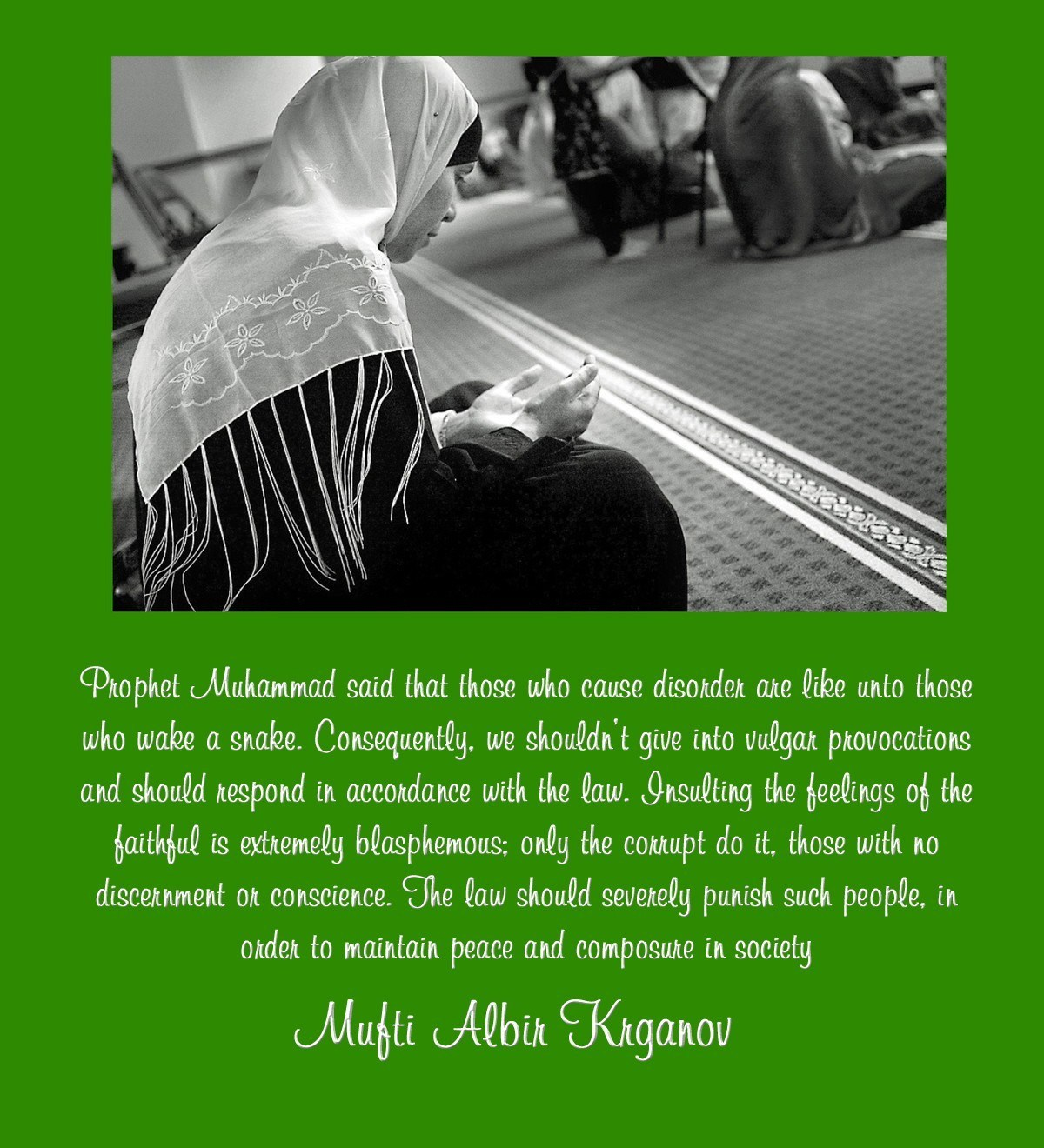 00-muslim-woman-praying-mufti-alban-krganov-russian-muslim-09-12