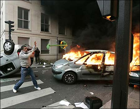 french_riots1-vi