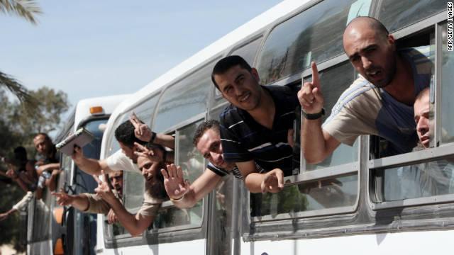 111018020642-prisoner-exchange-palestinian-bus-horizontal-gallery