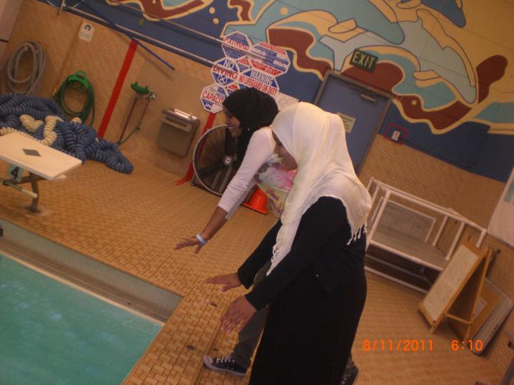 muslim_swim