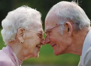 elderlycouple-vi
