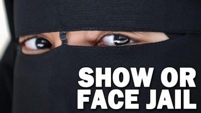 671740-burqa-e1377381772543