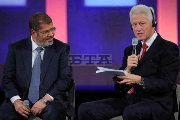 Ousted Muslim Brotherhood president of Egypt, Mohamed Morsi,  was the special guest of honor at gala dinner of former President Bill Clinton's foundation.