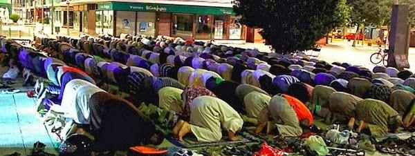 Durante-el-Ramadan-los-musulma_54387854513_51351706917_600_226
