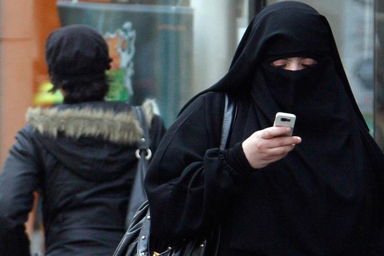 in_defense_of_the_burqa_ban