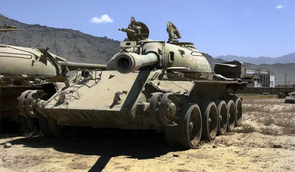 t55-soviet-tank-russian-tank-abandoned