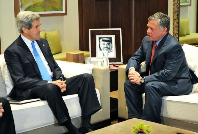 1280px-Secretary_Kerry_Meets_With_Jordanian_King_Abdullah_II-e1389975027388