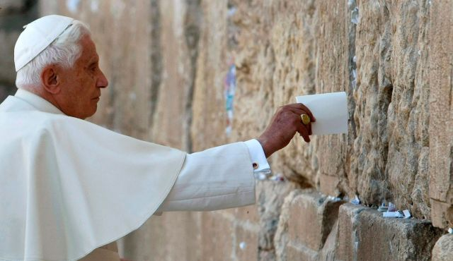 Pope Benedict at Western Wall
