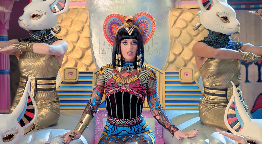 Katy-Perry-Dark-Horse-Music-Video-GIFs
