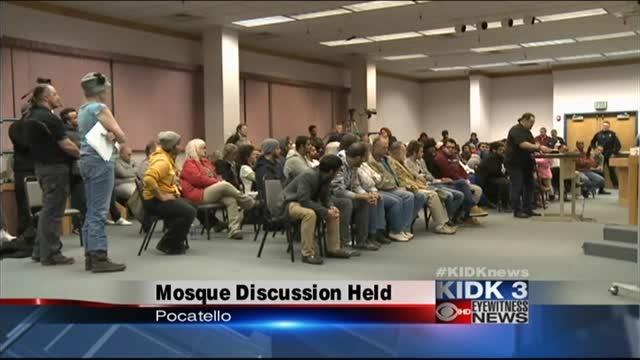 Mosque-proposal-brings-debate