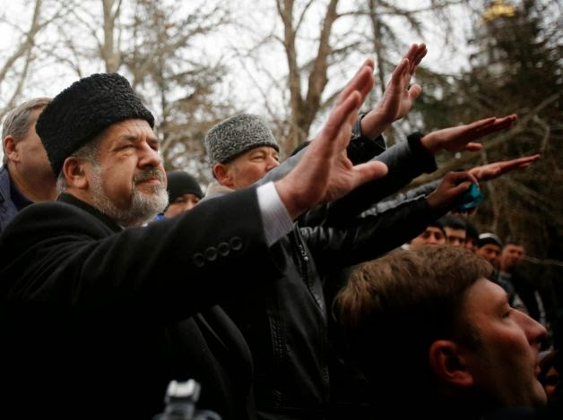 Crimean Tartar Muslim Leader Refat Chubarov appears to be leading followers in the Nazi salute now!