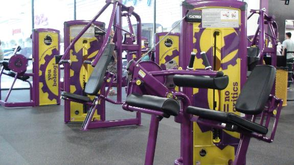 planet fitness should let this muslim woman wear her