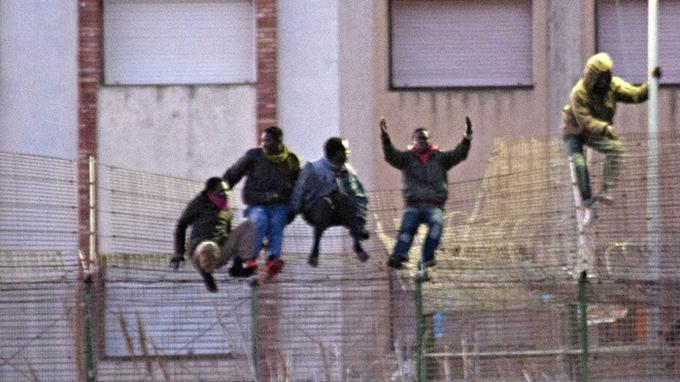 SPAIN-MOROCCO-MIGRATION-UNREST