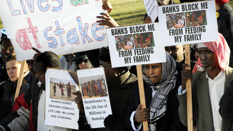 protest-against-us-muslims-bank-accounts-closed