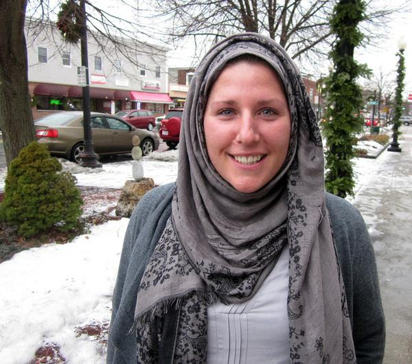 Showing off her headbag after converting to Islam