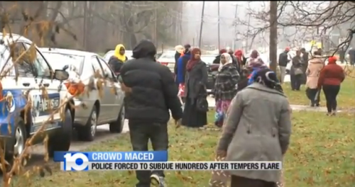 COLUMBUS, OHIO: Somali Muslim crowd of 2,000 turns violent waiting to apply for subsidized apartments