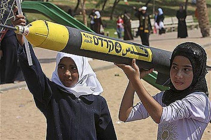 palestinian_little_girls