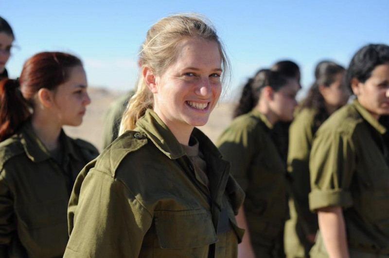 Flickr_-_Israel_Defense_Forces_-_Becoming_A_Soldier_of_the_Caracal_Battalion_(51)