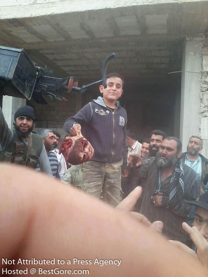 syria-army-soldier-executed-in-idlib-10
