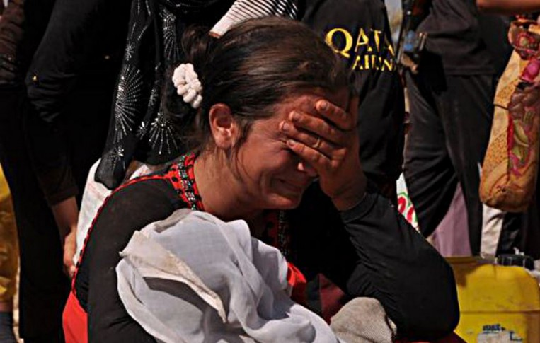 yazidi-woman-capture