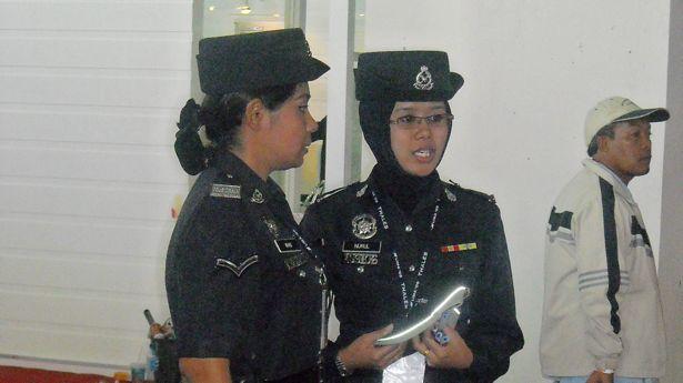 Malaysian Religious Policewomen