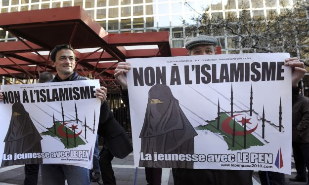 Supporters of far right-wing French poli