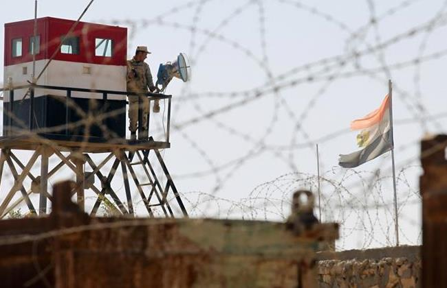 Egyptians guarding the border with Gaza
