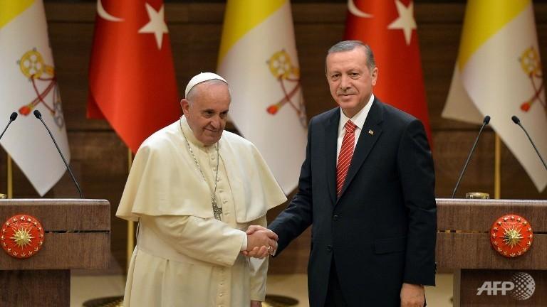 Pope with Islamist president of Turkey, Recep Erdogan