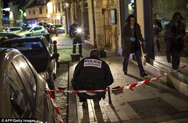 2436653500000578-2884089-Thirteen_people_were_injured_in_Dijon_when_a_psychiatric_patient-a-31_1419280549776