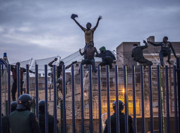Policies-Melilla-AFP-PHOTO-Colon_ARAIMA20140328_0144_40