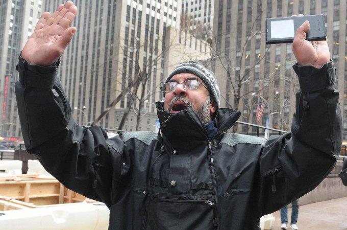 Muslim terrorist halal food vendor
