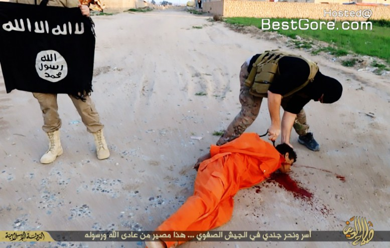 chechen-isis-execute-group-orange-jump-suits-plus-beheading-iraqi-soldier-08-1024x652