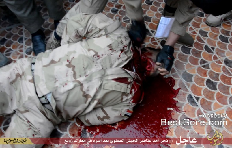 isis-executes-soldier-fallujah-04-1024x652