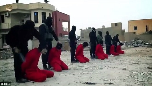 8 Soldiers Beheaded in Latest ISIS Video for 'revenge'