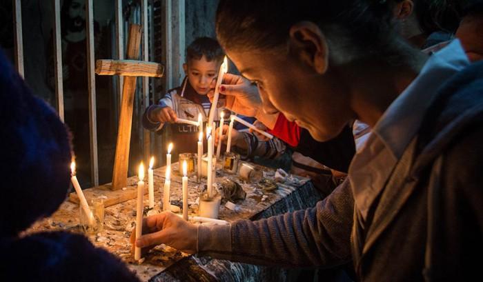 pic_giant_043015_SM_Iraqi-Christians-G