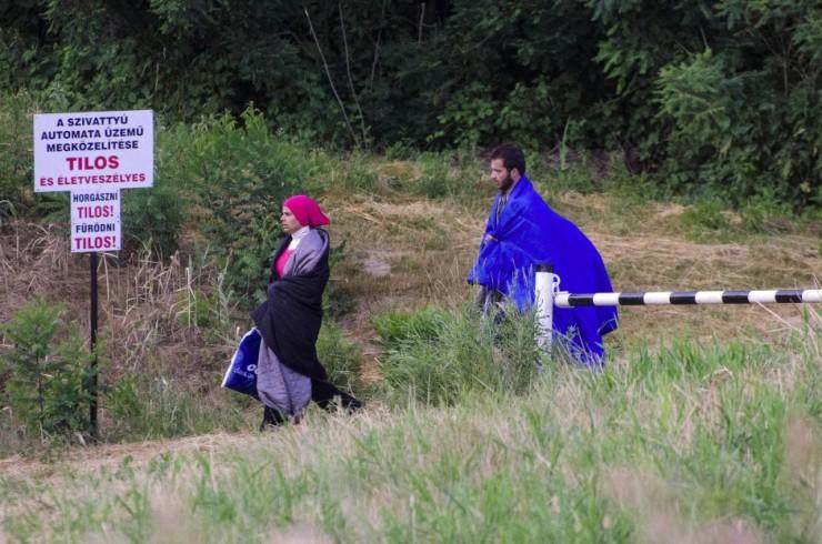 migranten-ueberqueren-die
