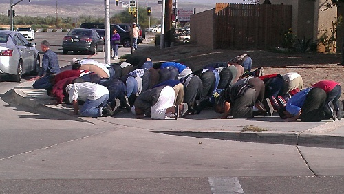 Muslims gather in prayer after mosque set on fire in Coachella
