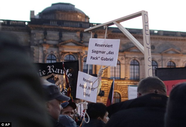 Two nooses are hung in Dresden for Angela Merkel and Sigmar Gabriel