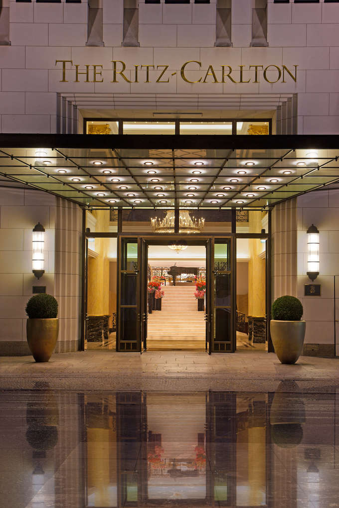Ritz-Carlton-Berlin-The-first-five-star-hotel-in-Europe-to-combine-exclusive-luxury-with-sustainability