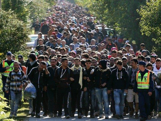 migrants-getty-640x480