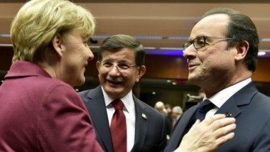 Angela_Merkel_and_Hollande