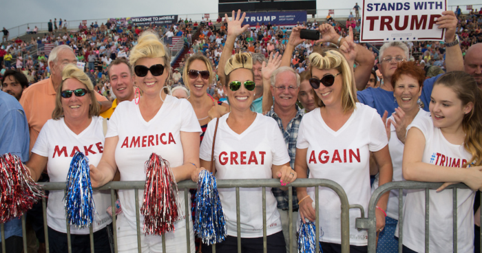 rs-trump-crowd