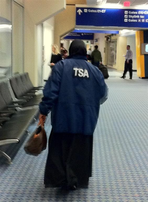 Muslim TSA Agent in America