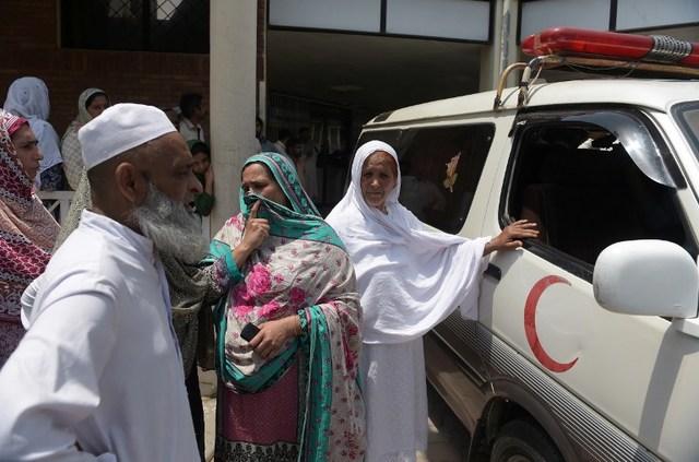 PAKISTAN-WOMEN-ABUSE-SOCIAL