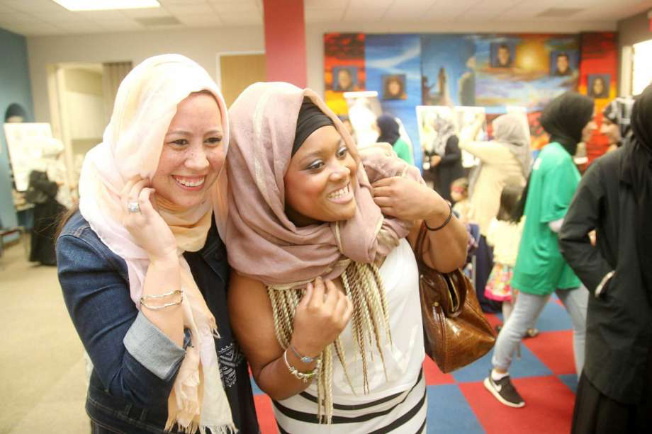 Non-Muslims have to don headbags. What do Muslims have to try on - bikinis, mini-skirts?