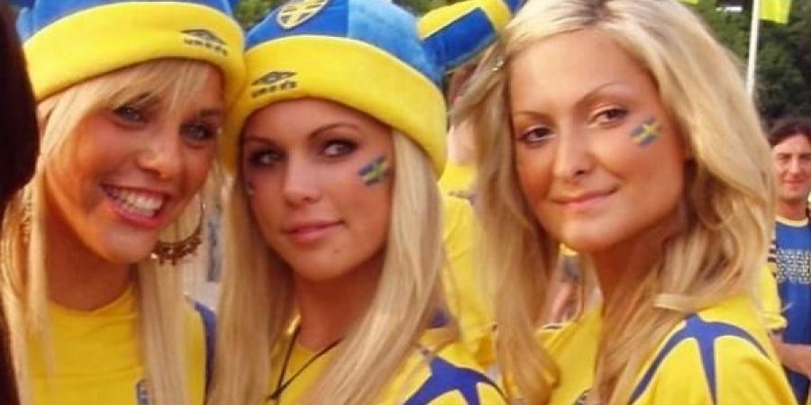 Scandinavian women fucking — photo 13