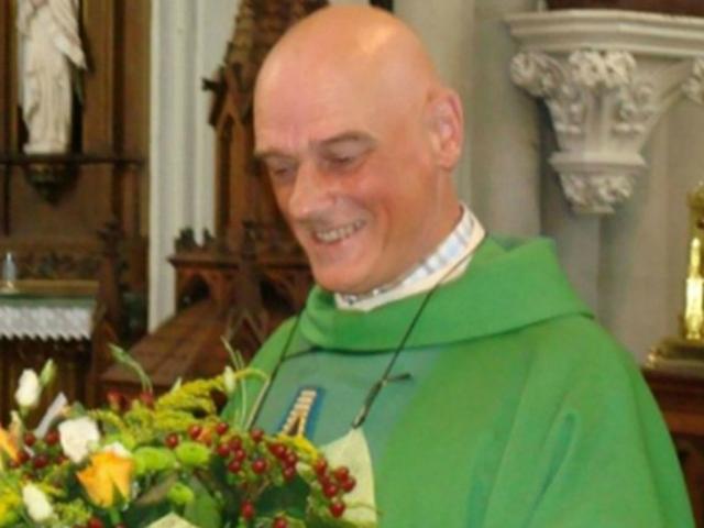 belgian-priest-stabbed-640x480