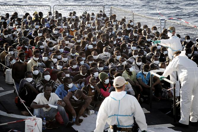 MARE NOSTRUM OPERATION - RESCUE MIGRANTS